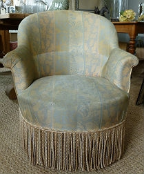 Antique French Tub (Crapaud) Chair